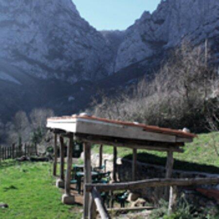 Taranes, España: Terraza exterior, cubierta y descubierta