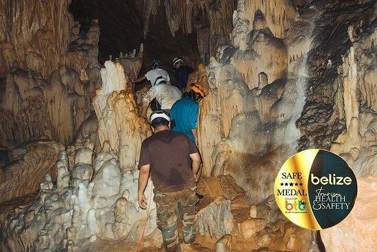 圣伊格纳西奥的水晶洞和蓝洞国家公园一日游
