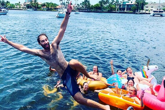 Private Half-Day Guided Boat Tour at Fort Lauderdale