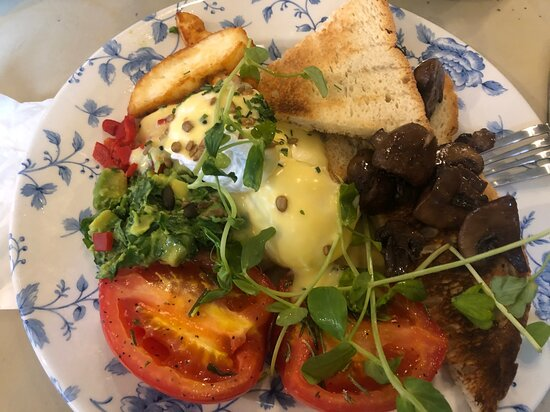 Bill's Richmond: Halloumi Breakfast