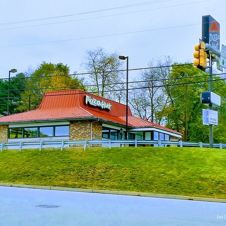 New Stanton, Pensilvanija: Front