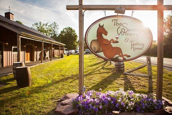 Saratoga Springs, État de New York: We look forward to your visit!