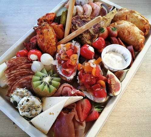 Leicestershire, UK: Platter for 2
