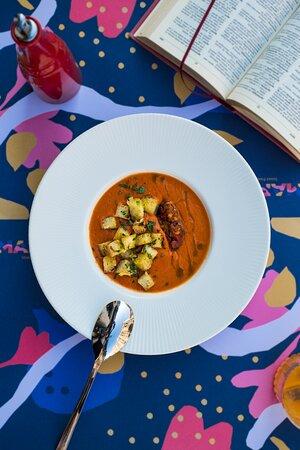 Dnevna juha*  *sukladno svježim namirnicama s placa, molimo Vas pitajte konobara što danas imamo.  Daily soup*  * depends on fresh groceries from the local market place, please ask the waiter what do we have today