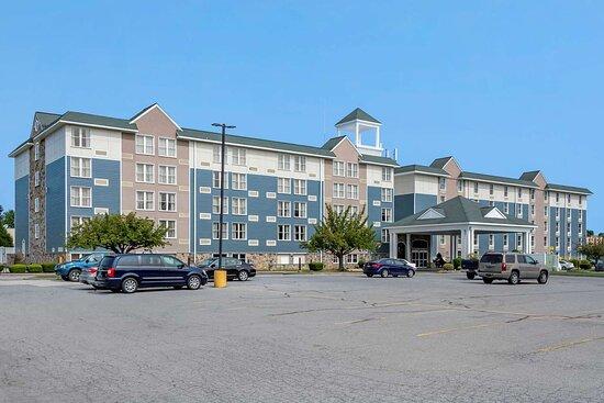 Comfort Inn & Suites Glen Mills - Philadelphia