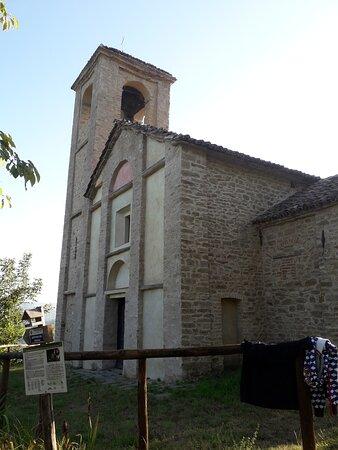Arguello, Italië: La facciata