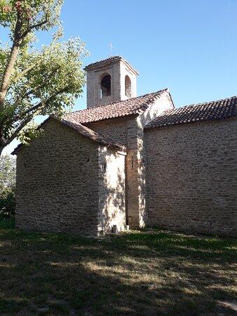 Arguello, Italië: L'abside vista dall'esterno