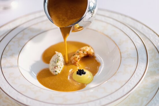Ayrshire, UK: Our signature dish Shellfish Bisque with Rouille and Croutons.
