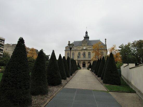 Hôtel De Ville Du Perreux-sur-marne