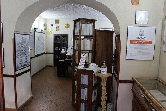 Padula, Itália: Interno sala principale