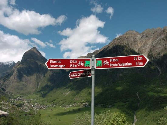 Bellinzonese e Alto Ticino Turismo - InfoPont Valle di Blenio