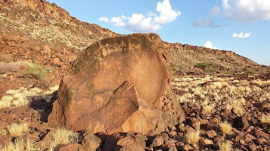 Loiyangalani, קניה: Rock Art 2
