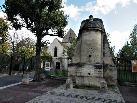 Fontaine De Maisons Laffitte