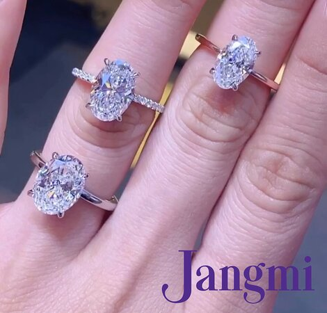 Oval cut diamonds on our pave and solitaire settings.