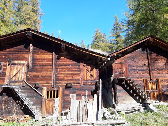 Ulrichen, Svájc: Am Gomerhöhenweg, alte urchige Ställe