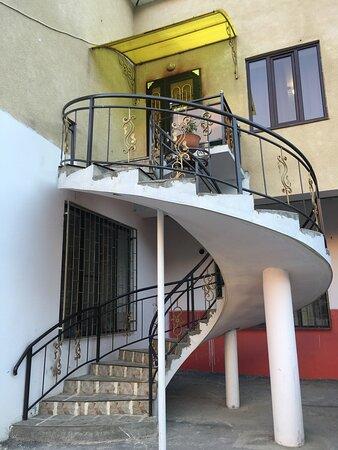 Republic of Dagestan, Russia: Лестница на второй этаж в номера.