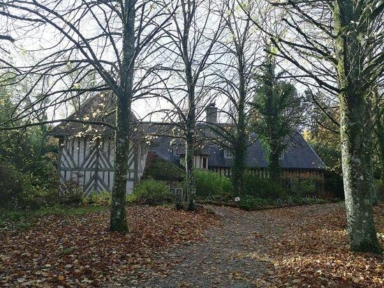 Saint-Aubin-de-Bonneval, France: Un cadre charmant !