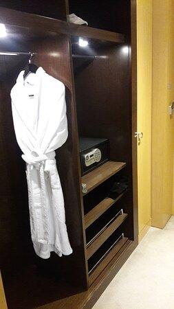 suite storage