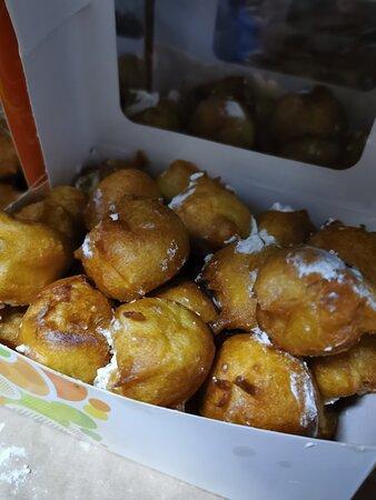 Fuentes de Onoro, Spain: Buñuelos, riquísimos en ningún sitio los he comido tan buenos como en esta Panadería. Panadería Gabriel Vicente e Hijos