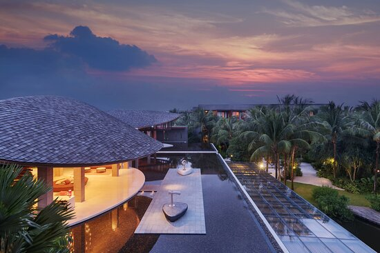 Renaissance Phuket Resort & Spa