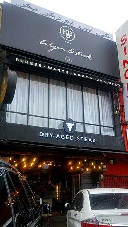 kbb burger & steak  exterior view