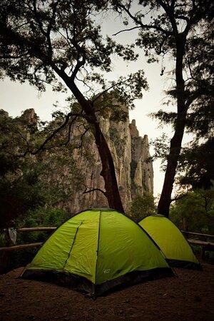 Guachochi, Mexico: Acampando en 🍊Kokoyome Ecopark🥑 A la orilla del rio, muy cerca de la cascada, respirando aire fresco, aun lado de la fogata 🔥 con tu pareja o amig@s, Relájate con nuestro Tour Kokoyome 😏  ⛰Admira la Barranca de Güerachi 🥑Visita Kokoyome EcoPark🍍 🏘Hospedaje rústico sin igual, en Kokoyome.  ✅ MAYORES INFORMES Y RESERVACIONES: Cels y Whatsapp:  📞(614)397-69-35  📞(614)469-88-97