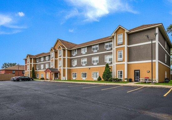 Americas Best Value Inn & Suites- Three Rivers