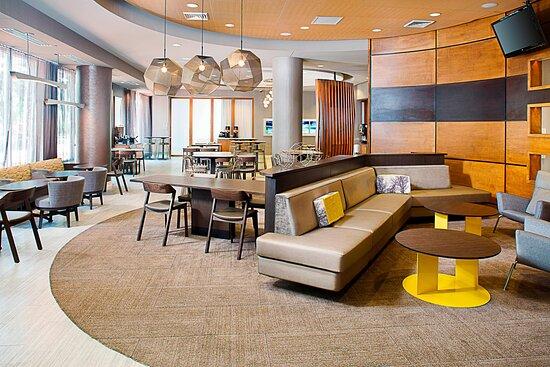 SpringHill Suites Savannah Downtown/Historic District, hoteles en Savannah