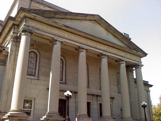 Rock Island, IL: Come visit our beautifully restored building from 1915, a former Church of Christ, Scientist Church.  Dr. David Karpeles purchased it in 2011 after it had been empty and vacant for many years.  We opened the museum in 2012 and love to show it off to our visitors!