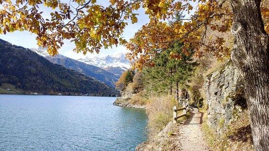 Le Prese, Svájc: Lago di Poschiavo