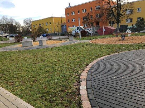 Spielplatz Max-Planc-Str - detske ihrisko