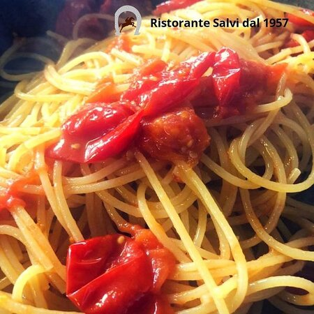 """🍝 Spaghetti con 🍅 pomodorini """"del Piennolo del Vesuvio""""!"""
