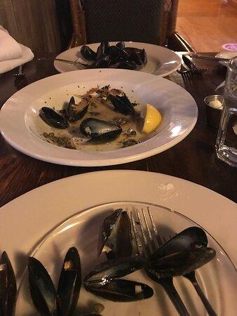 Mussels - YUM !
