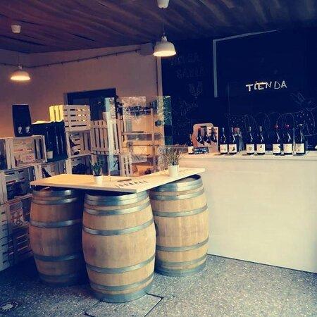 Tienda de Vinos de Bodegas Tierra Savia