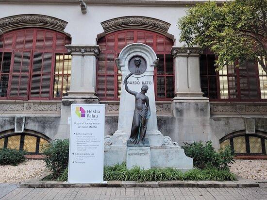 Monumento a Eduardo Dato