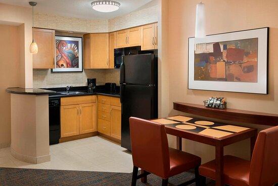 Residence Inn Toronto Downtown/Entertainment District, hoteles en Toronto