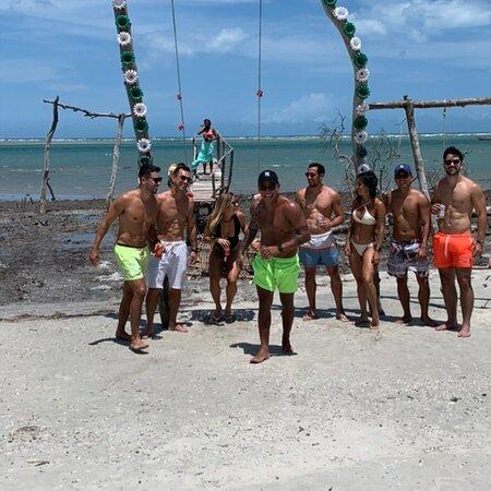 Guriu, CE: Quer conhecer o paraiso que é jeri? Entao venha com a gente, agende seu passeio de buggy com fotos aqui!!! . . . Sigam @mateusjeripasseios . . . Jericoacoara CE  . . . #ig_ceara #summer #jericoacoara #jeri #ceara #fortaleza #vemprajeri #praia #brasil #nordeste #mar #brazil #natureza #beach #travei #trip #viajar #férias #jericoacoarabeach #aqui #jericoacoaraoparaiso #turismo #paradise #instagood #paz #viagem #jerilazer #natal #love #bhfyp