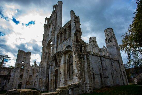 Jumieges, France: Abbaye de Jumièges.