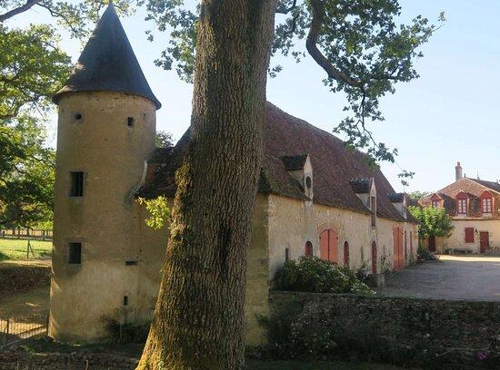 Chateau Du Breuil Yvain