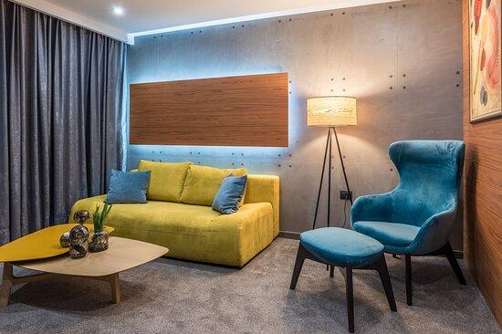 103 Degrees Hotel & Spa