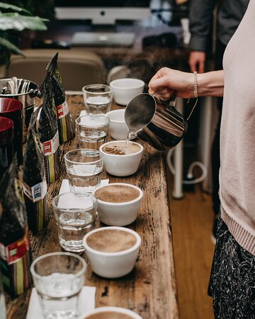 La Boheme Cafe cupping