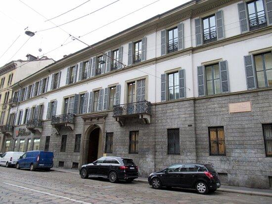 Casa Di Gaetano Negri