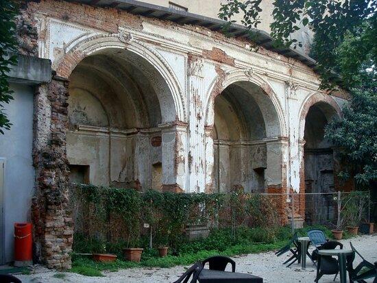 Chiesa Di San Bernardo (resti)