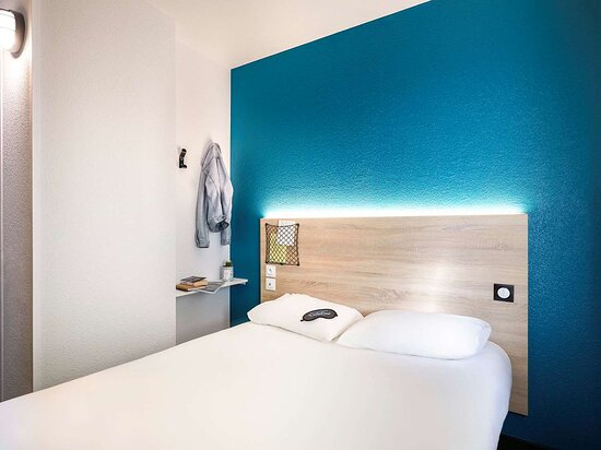 Saint-Cergues, France : Guest room