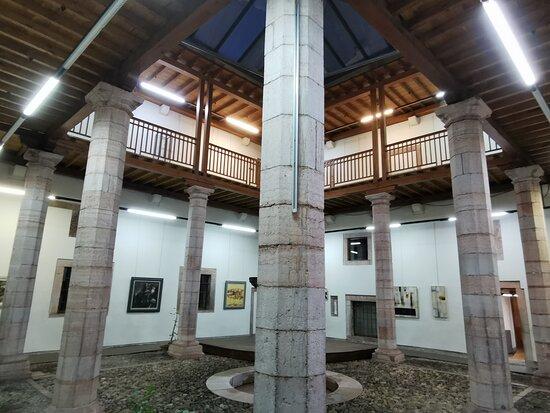 Palacio De Miranda Valdecarzana
