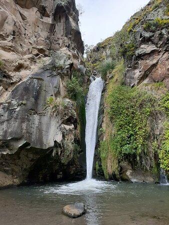 Paseo ruta de la cascada escondida Sisa Pacha