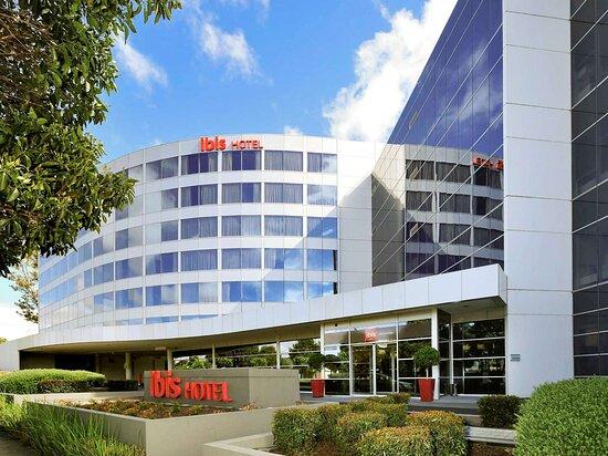 โรงแรมไอบิสเมลเบอร์นเกลนเวฟเวอร์เลย์