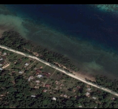 Malaita Island, Quần đảo Solomon: Birds eye view of the project site.   Source: Google Map.