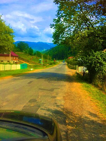 Mizhhir'ya, Ukrayna: Трасса пгт. Межгорье - село Синевир