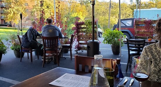 Kensington, MD: Outdoor patio with heater